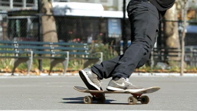 skateboarding powerslide