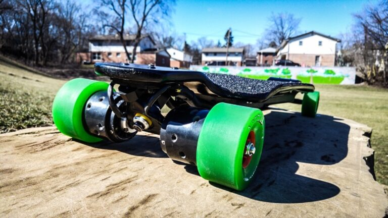 Carvon EVO 4WD – 50 mph - Fastest Electric Skateboards